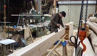 天然乾燥、香る家、赤松梁、ヒノキ無垢材、墨付け手刻み木組み健康住宅、8,22