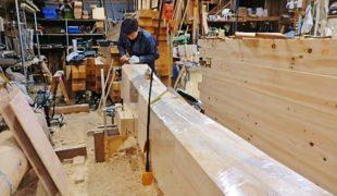 天然乾燥、熟練大工が赤松梁、手刻み木組み創る健康木造住宅9,18