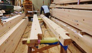 熟練大工、天然乾燥、ヒノキ無垢材、、赤松梁、で創る健康木造住宅9,27