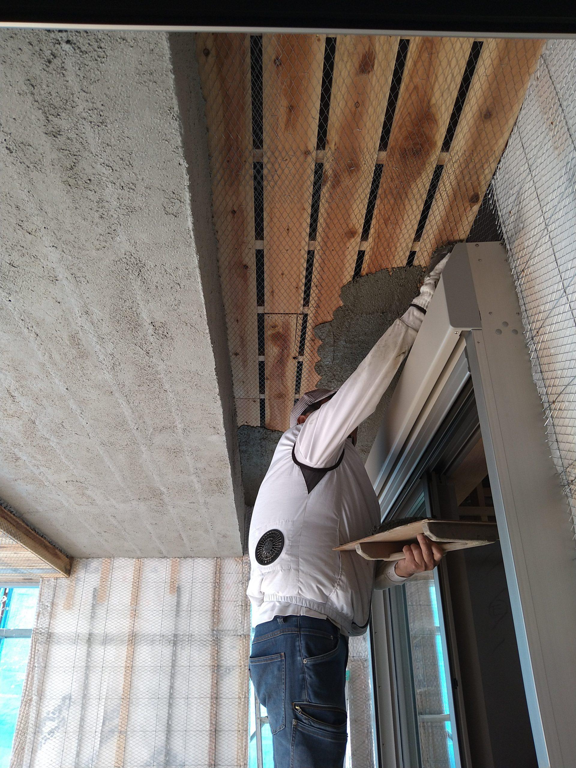 藤阪の家 外壁 左官塗り